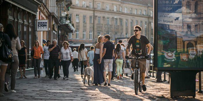 Is it Better to Walk or Ride a Bike
